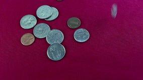 Derramamento da moeda video estoque