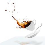 Derramar el café Foto de archivo libre de regalías