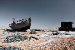 Derrelicto de la ruina del barco de pesca del barco rastreador Imagen de archivo libre de regalías