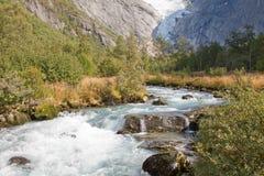 Derretimento-águas de Briksdal Fotografia de Stock