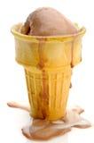 Derretimento do gelado do chocolate e da baunilha Imagens de Stock