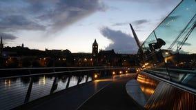Derry på skymning Arkivbild