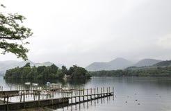 Derwent vatten Keswick royaltyfri fotografi
