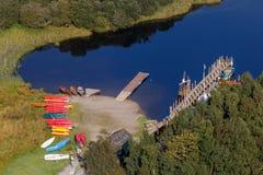 DERWENTWATER, LAC DISTRICT/ENGLAND - 31 AOÛT : Vue des canoës image libre de droits