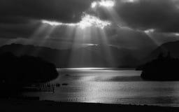 Derwentwater słońca promienie Obrazy Royalty Free