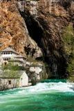 Derwisch-Kloster auf der Buna-Fluss-Quelle stockfoto