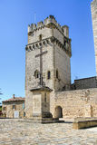 DES Arbres de St Laurent del pueblo de Provencal, al sur de Francia Imagen de archivo