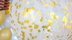 Des ballons plus de fête remplis clips vidéos
