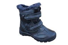 Des bottes d'hiver pour des enfants, une botte noire est isolées sur un fond blanc, bottes d'hiver images stock