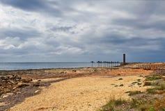 DES Cabots Playa Sa Bassa no tempo sombrio Colonia Sant Jordi Ilha de Mallorca imagem de stock