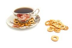 Des certains bagels et tasse de thé Photo stock