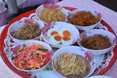 Des chae de Khao, riz imbibé dans l'eau froide, la recette ont été adaptés d'un plat de lundi images libres de droits