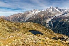 DES Cheserys e catena montuosa - Francia della bacca Immagini Stock Libere da Diritti