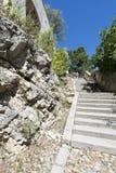 DES Escaliers Sainte-Anne, Aviñón, Francia de la ruda Imagenes de archivo