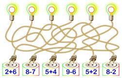 Des exercices pour des enfants - devez résoudre des exemples et écrire les réponses sur les lampes correspondantes Images libres de droits