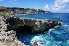 DES Falaises de trace en Guadeloupe Image stock