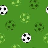 Des Grünhintergrundes der grafischen Kunst des Fußballfußballsportballs nahtlose Musterillustration Stockbild