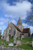 Des 12. Jahrhunderts englische Kirche stockfotos