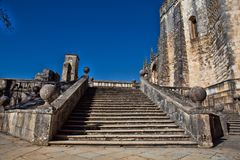 Des 12. Jahrhundertstemplar-Kirche am Kloster von Christus in Tomar- Lizenzfreie Stockfotografie
