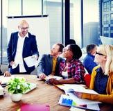Des Konferenz-Sitzungs-Geschäftsleute Seminar-Team Teamwork Concept stockfoto