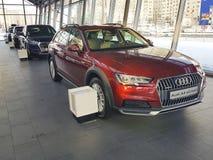 Des Lebensstilkonzeptes Ukraine Kiew am 25. Februar 2018 Marken-Darstellungsluxusneuwagen moderne in Audi Motor Show Lizenzfreie Stockbilder