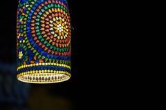 Des métiers de Handi faits dans l'Inde, c'est un art de lumière pendant la nuit Images stock