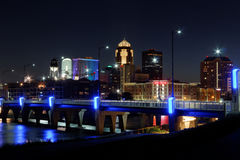Des Moines Skyline με το φόρο του Ορλάντο Στοκ Εικόνα