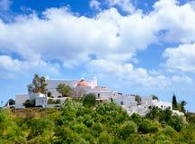 DES Riu de Ibiza Santa Eulalia com casas imagem de stock royalty free