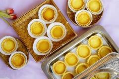 Des tartes sont servis l'angle supérieur capturé Photo stock