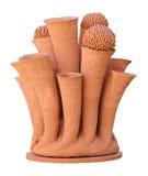 Des vases à fleur sont faits d'argile sur le blanc Images libres de droits