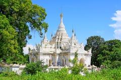 Desada Taya Pagoda, Innwa, Myanmar Royaltyfri Bild