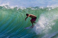Desafío de la parte trasera que practica surf Fotos de archivo libres de regalías