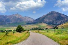 Desaparecimento em montanhas distantes Imagem de Stock