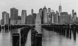 Desatención del horizonte de Manhattan en la puesta del sol Fotografía de archivo