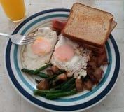 Desayuno bajo de la clase fotografía de archivo