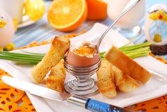 Desayuno con el huevo soft-boiled Imagen de archivo libre de regalías