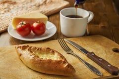 Desayuno con la empanada del queso Fotos de archivo libres de regalías