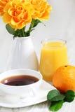 Desayuno con las rosas Fotografía de archivo libre de regalías