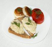 Desayuno de los huevos revueltos Imagen de archivo libre de regalías
