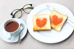 Desayuno del café fijado con pan Imagen de archivo libre de regalías