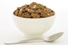 Desayuno del cereal del salvado con la avena Fotos de archivo libres de regalías