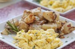 Desayuno del huevo revuelto Imagenes de archivo