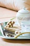 Desayuno del té y del postre de la torta Imagenes de archivo
