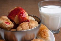 Desayuno dulce ligero Imagen de archivo libre de regalías