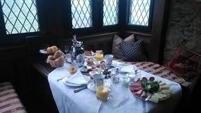 Desayuno en el castillo Schoenburg Rhin mayo de 2015 romántico fotografía de archivo libre de regalías
