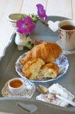 Desayuno francés en el estilo de Provencal Foto de archivo libre de regalías