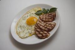 Desayuno frito con los huevos y el cerdo Fotografía de archivo libre de regalías