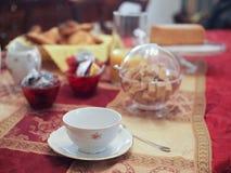 Desayuno italiano en hotel Imagenes de archivo