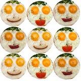 Desayuno para los niños Embroma la comida divertida en la placa blanca Fotos de archivo libres de regalías