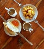 Desayuno sano en el hotel Fotos de archivo libres de regalías